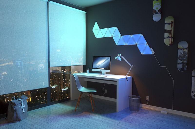 Nanoleaf Aurora: werkkamer met blauwgroen patroon
