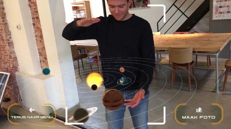 AH Ruimtevaart-app met planeten.