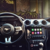 Ford SYNC 3 et CarPlay in Mustang