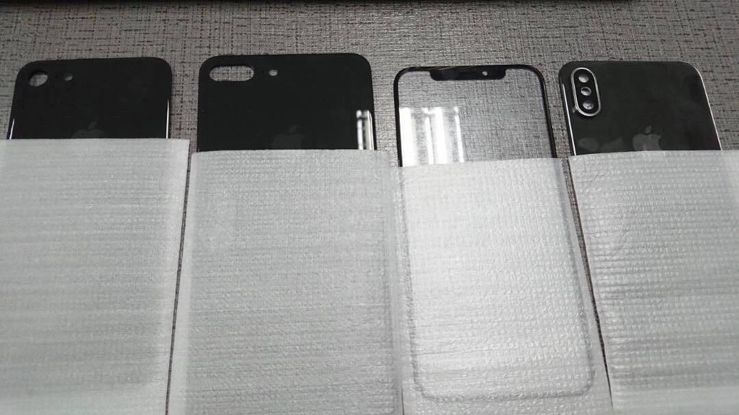 iPhone 8 en iPhone 7s voor- en achterkant.