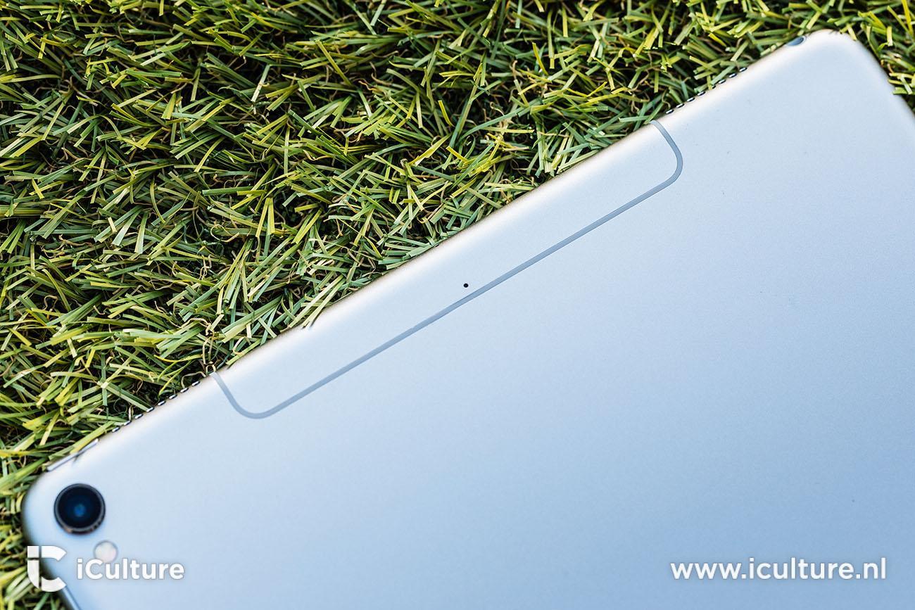 iPad Pro 2017 review achterkant met antennestreep