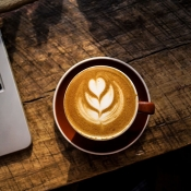Apple latte art