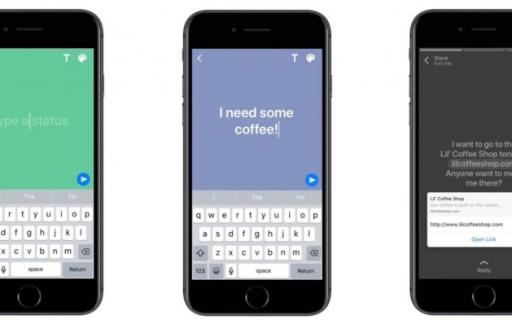 WhatsApp Status met tekst en achtergrondkleur.
