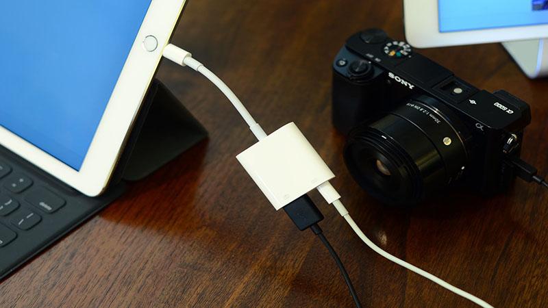 iPad USB-accessoires aansluiten