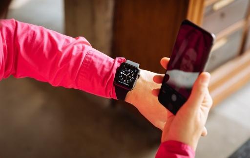 Apple Watch Series 3 review selfie met iPhone 8 Plus