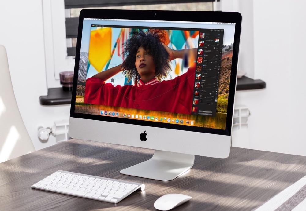Foto van een vrouw bewerken in Pixelmator Pro.