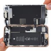 Teardown van iPhone 8: nieuwe componenten, maar repareerbaarheid is identiek