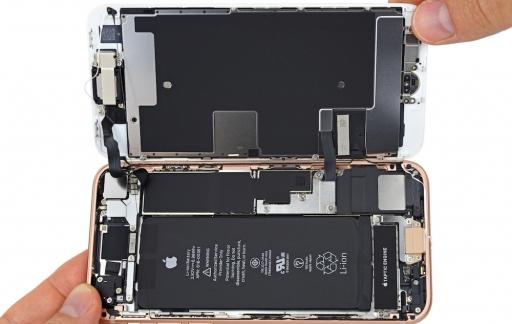 iFixit toont binnenkant van de iPhone 8