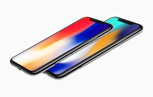 iPhone X Plus render zijkant.