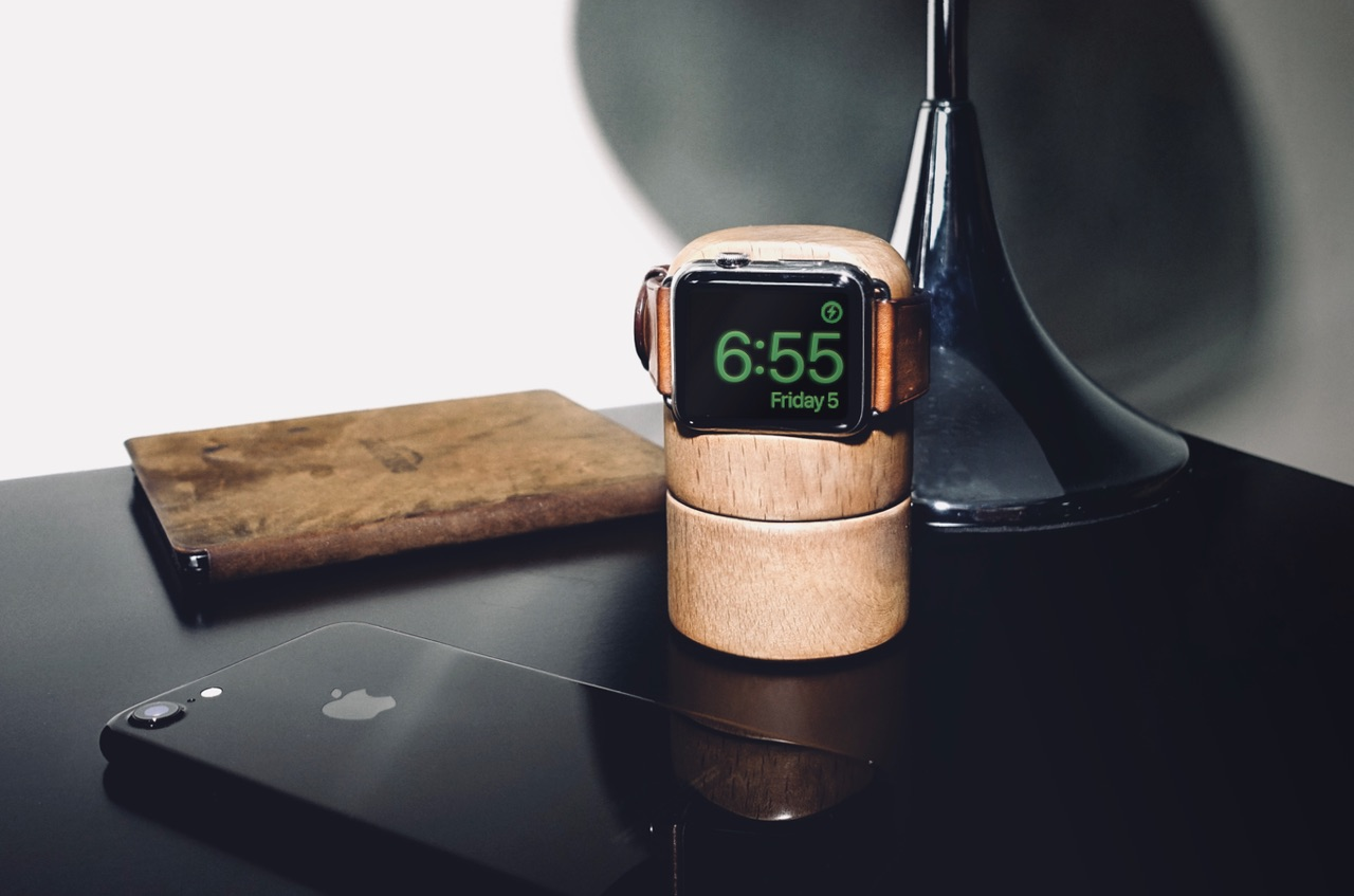 Totm+Travl dock voor Apple Watch.