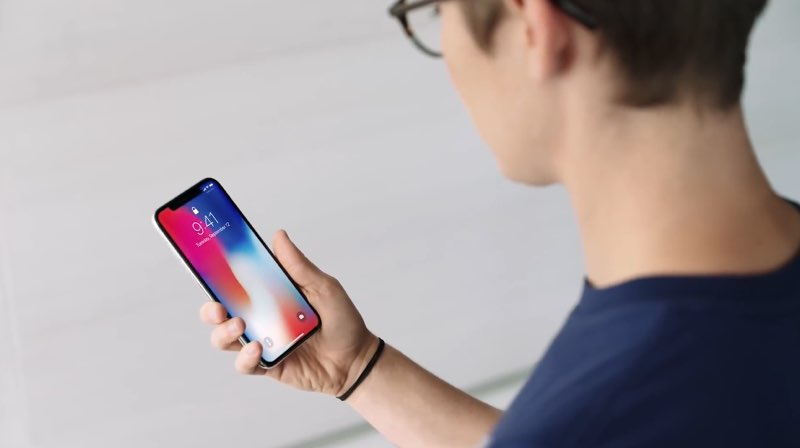 iPhone X in Apple-promo