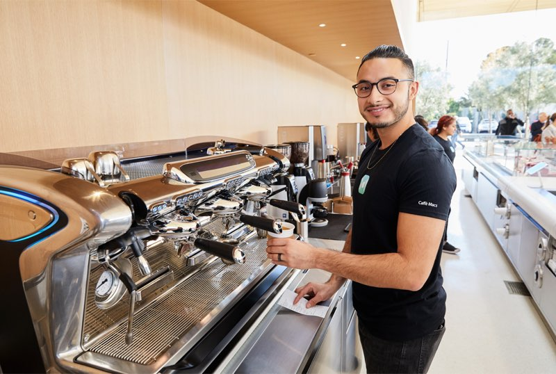 Apple Park Visitor Center: koffie in Caffe Macs