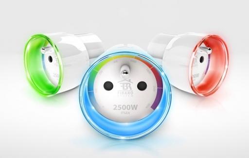 Fibaro Wall Plug met kleuren.
