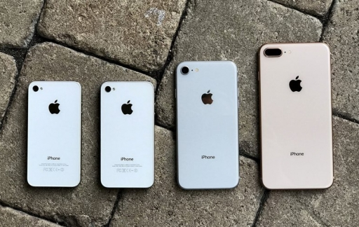 iPhones steeds groter en zwaarder
