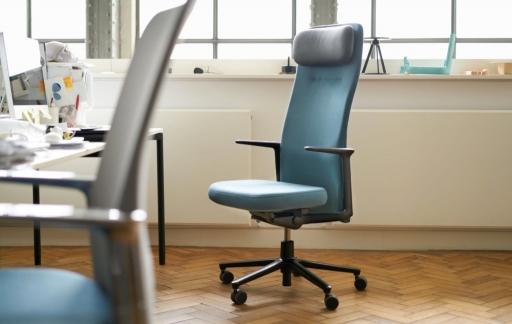 Vitra Pacific Chair op kantoor.