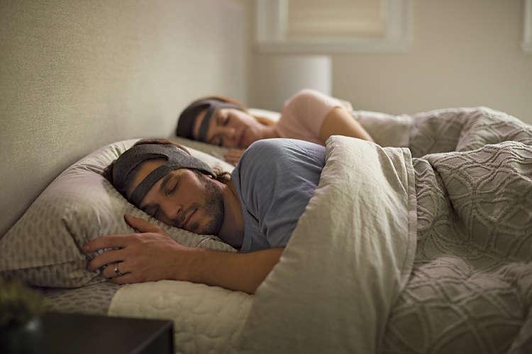 Philips SmartSleep: twee slapende mensen