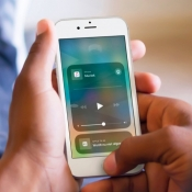 Muziek op meerdere apparaten bedienen.