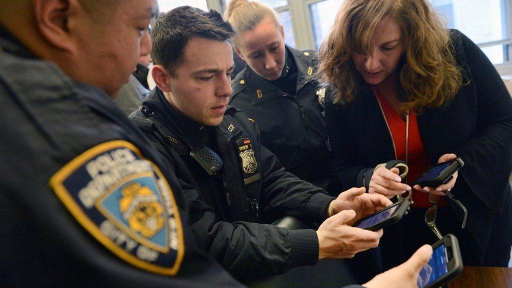 Politie New York met iPhones