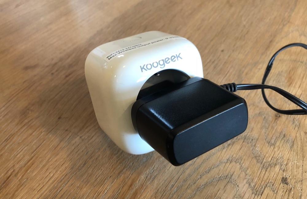 Koogeek Smart Plug met stekker.