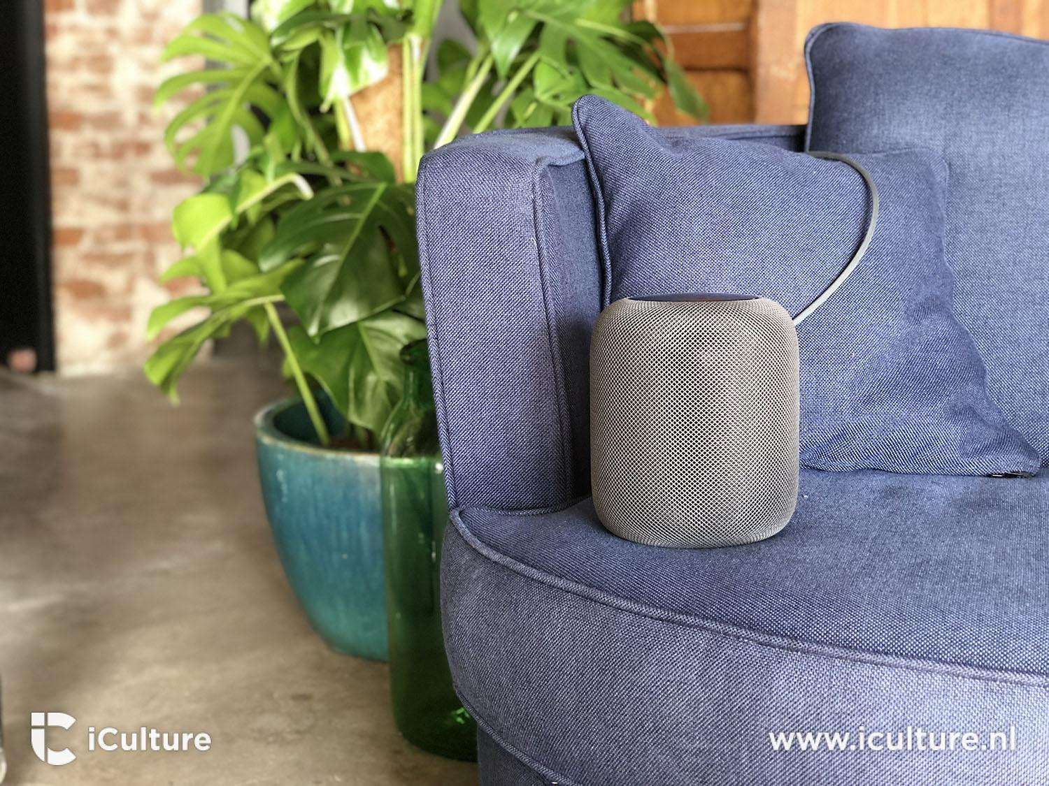 HomePod review: HomePod op zitbank