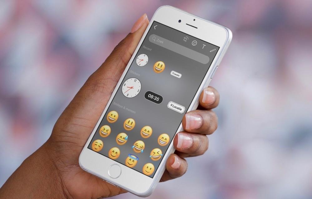 WhatsApp heeft nu tijd- en locatiestickers voor foto's