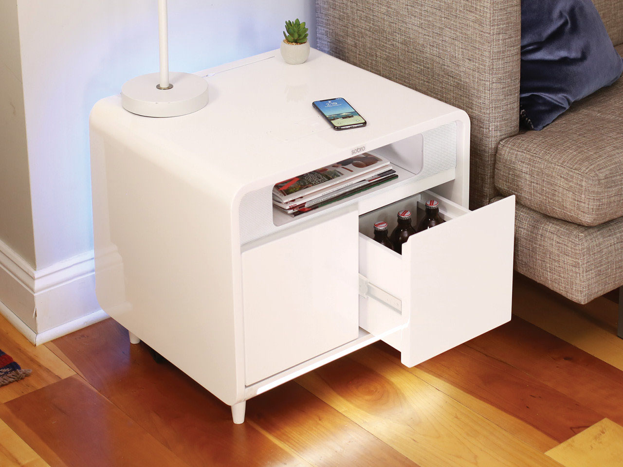 Sobro Smart Side Table gekoelde drankjes