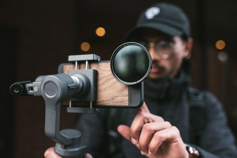 Moment filmmaker-lens