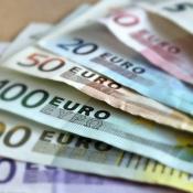 Geld met Euro biljetten.