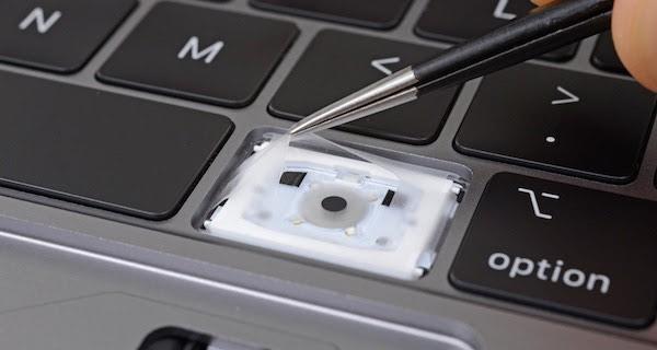 iFixit Toetsenbord MacBook Pro 2018
