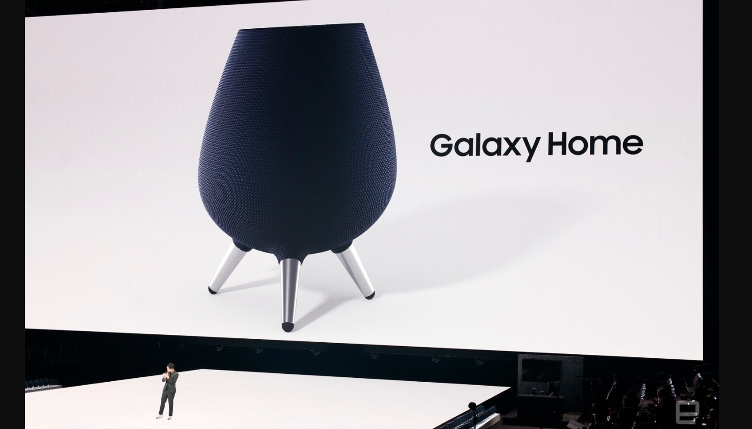 Galaxy Home op podium.