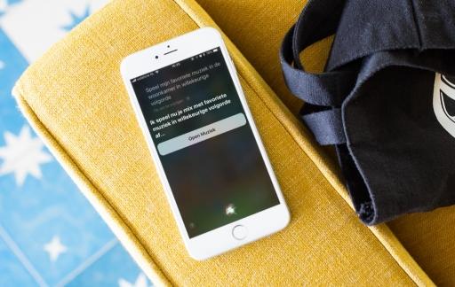 Siri met AirPlay 2 muziek afspelen.