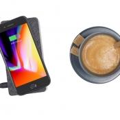 Xtorm 8000 Wave powerbank met koffie.