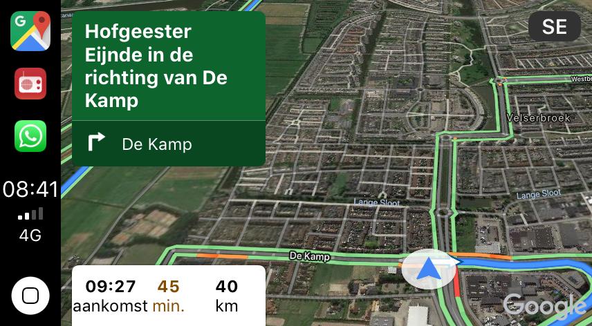 Google Maps CarPlay met satellietweergave.