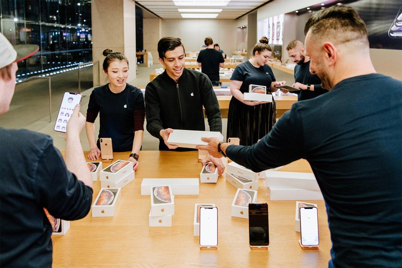 Apple Store Sydney iPhone XS