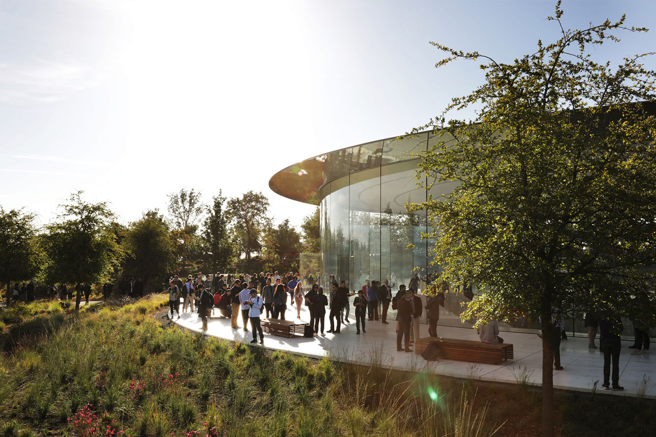 Apple Keynote in Steve Jobs Theater op Apple Park