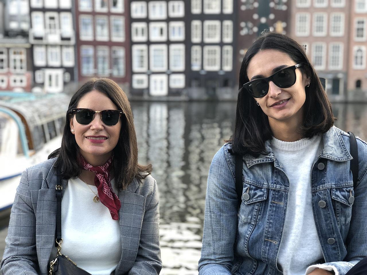 Twee vrouwen, foto gemaakt met iPhone 8 Plus