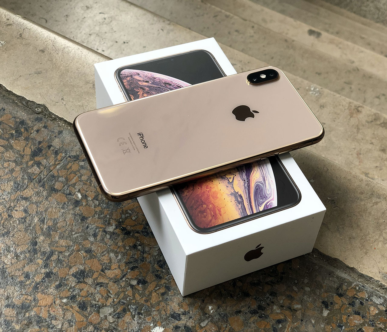 iPhone XS Max review verpakking