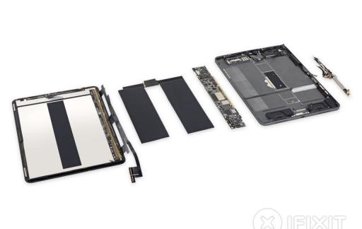 iPad Pro 2018 teardown van iFixit.