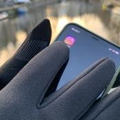 Mujjo Touchscreen Gloves in gebruik