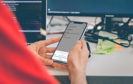 E-mail meldingen inschakelen op de iPhone.