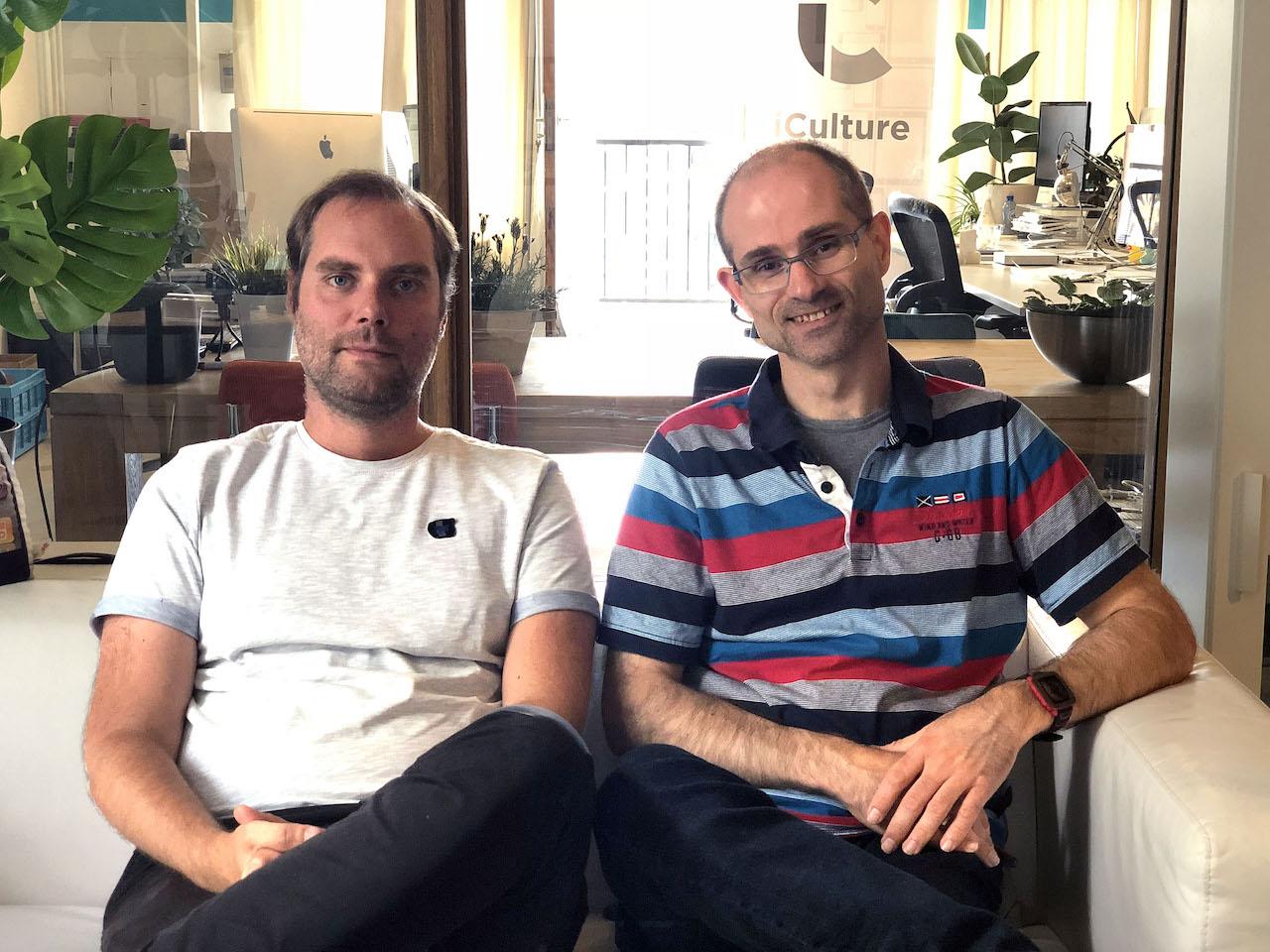 Joshua Peper (Peperzaken) (links) en Mark de Bruin (ANWB) (rechts)