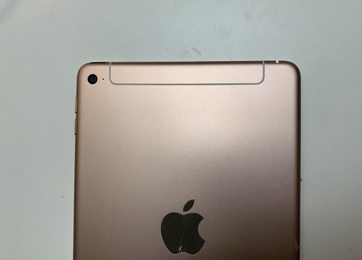 iPad Mini 5 foto's van achterkant.