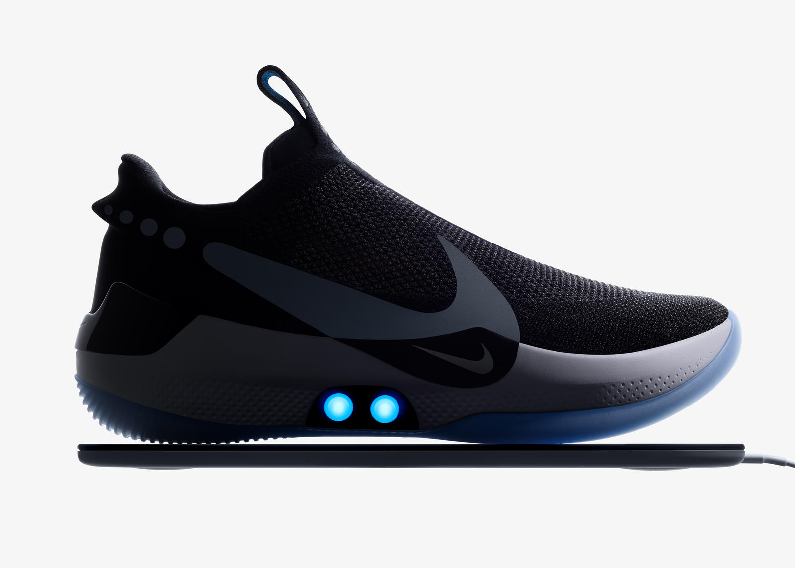 7483beca0a9 De Nike Adapt BB strikt jouw veters met een iPhone-app