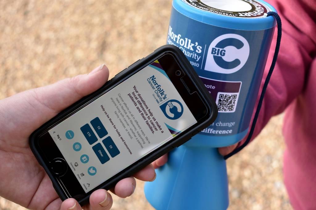 Contactloos doneren met NFC-chip