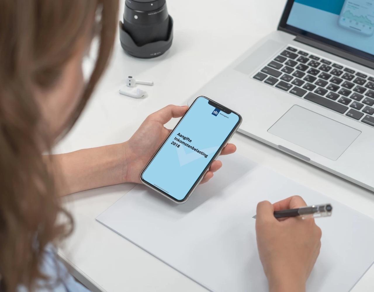 Belastingaangifte 2018 op iPhone.