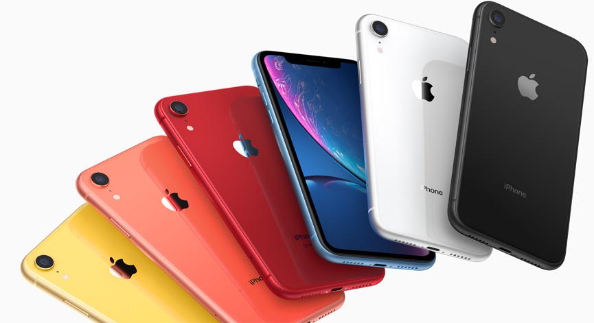 iPhone XR kleuren op stapel.