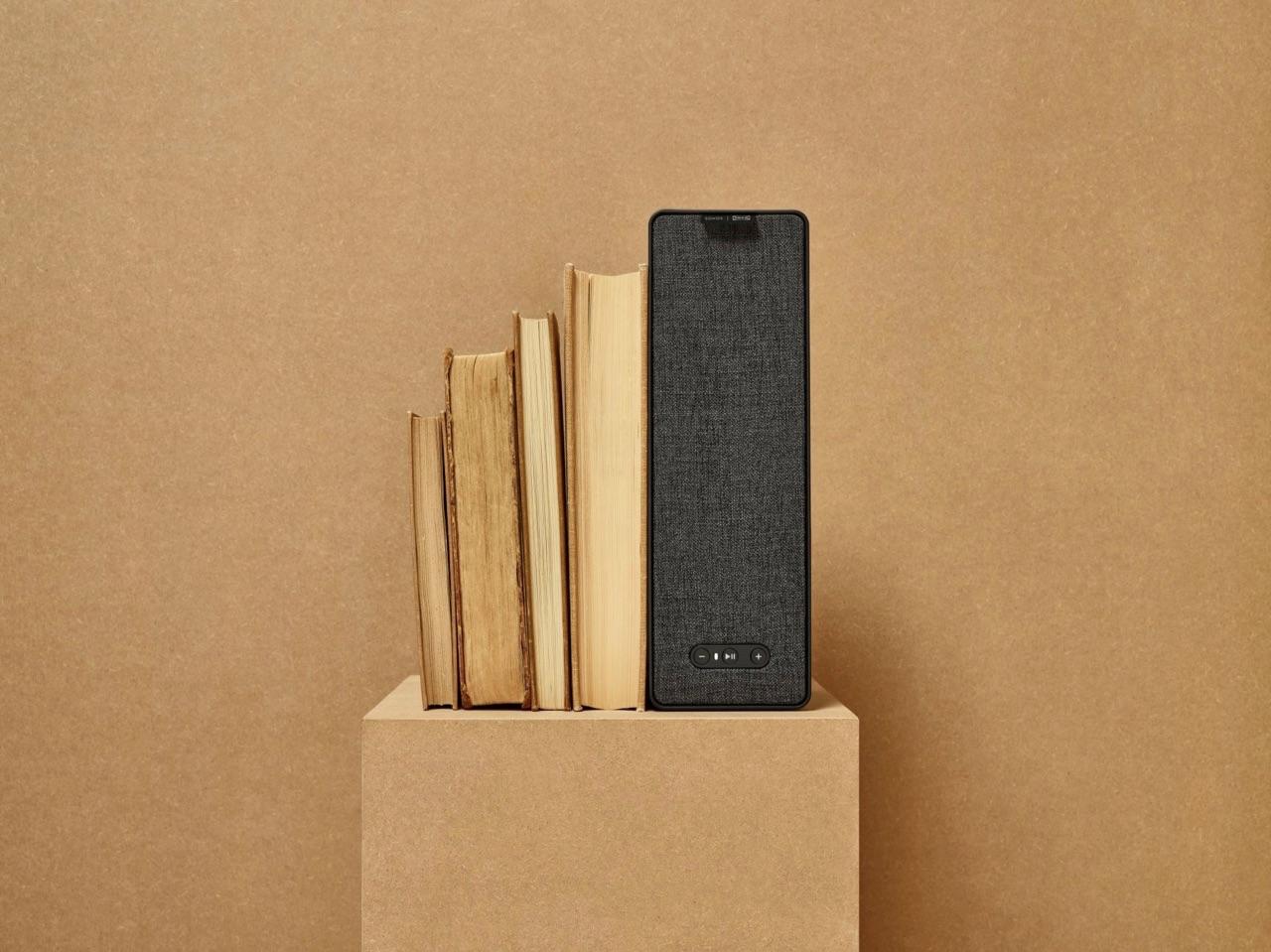 IKEA Symfonisk speaker met boeken.