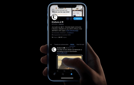 Twitter dark mode.