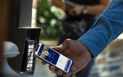 iPhone NFC op universiteit.