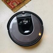 Review: iRobot Roomba i7+, de stofzuiger die z'n bak automatisch leegt
